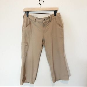 The North Face Taggart Utility Cargo Capri Pants 8